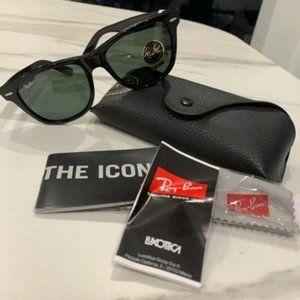 Ray-Ban Blackish Green Sunglasses RB2140 54mm